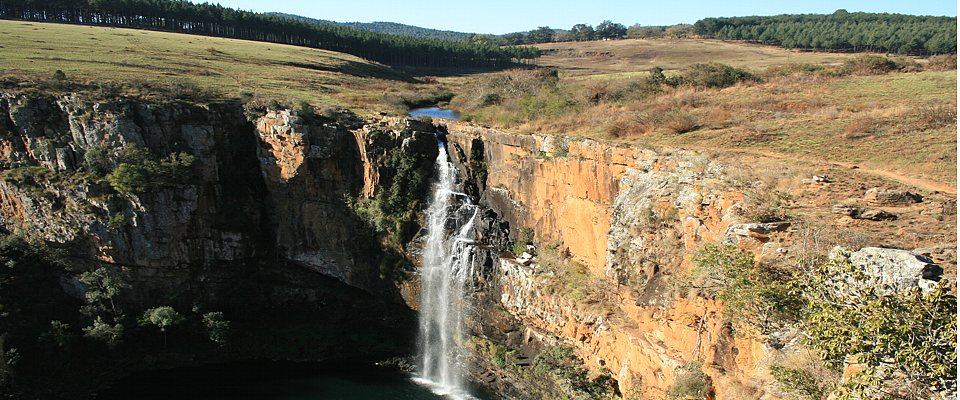 panorama-route-waterfall-africa-adventure.jpg