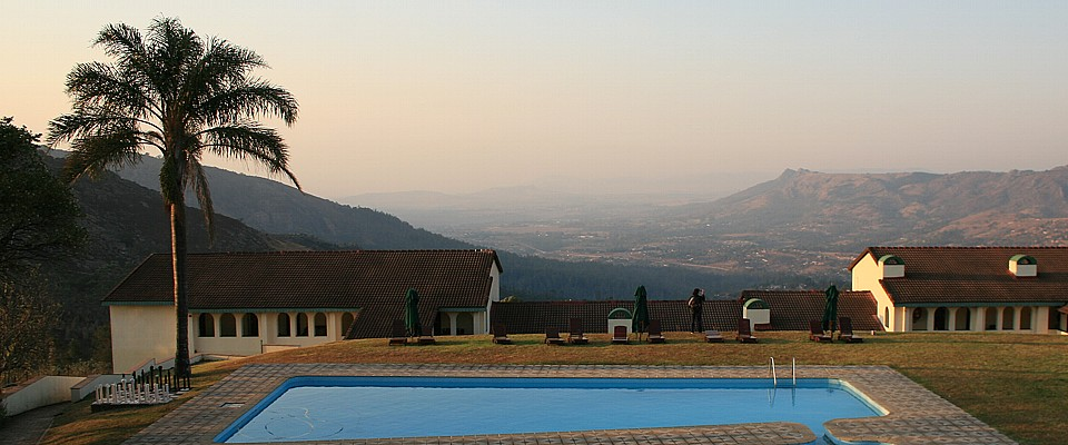 swaziland-ezulwini-valley-mountain-inn.jpg