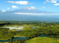 AA Africa safaris at Mount Kilimanjaro in Tanzania