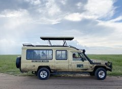 Bobby Camping Safaris's 4x4 with pop-up roof in Tanzania