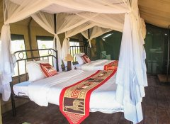 Tented lodge in the Serengeti on Bobby Camping Safaris