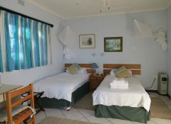 Twin room at Brackenhill Lodge in Mbabane, Swaziland