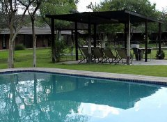 Fiume Lodge, Accommodation in Grootfontein, Namibia