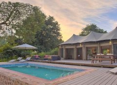 Swimming pool at Flatdogs Camp in South Luangwa Park