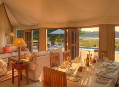 Luxurious Flatdogs Camp accommodation in South Luangwa