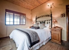 Double Room at Fossil Hills in McGregor, Cape Winelands