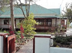 Wheelchair-friendly Green Olive Guesthouse in Robertson
