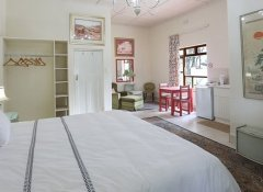 Double room at Green Olive Guesthouse in Robertson