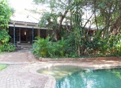 Lorries Bed & Breakfast, Accommodation in Victoria Falls