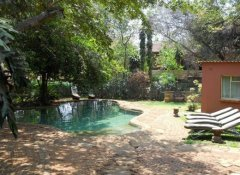 Swimming pool at Lorries Bed & Breakfast in Vic Falls