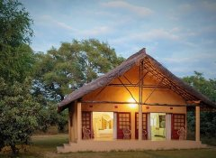 Marula Lodge - accommodation chalet at sunset