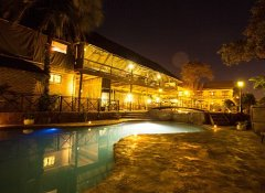 Swimming pool at child-friendly Maun Lodge and hotel