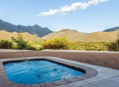 Pool and Mountain View at Orange Grove Farm in Robertson