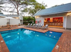 PheZulu Guest Lodge with pool in Victoria Falls