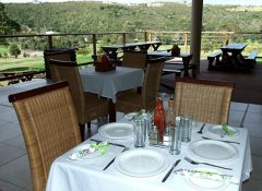 Plettenberg Bay Country Club and restaurant in Plett