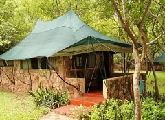 Chalet accommodation at Redcliff Zambezi Lodge in Luangwa