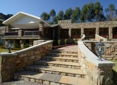 Silverstone Falls, Accommodation in Mbabane