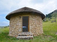Double room rondavel at Sobantu Guest Farm, Piggs Peak