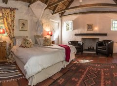 Temenos Retreat, Accommodation in McGregor, Winelands