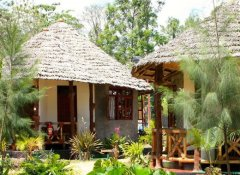 Guest Cottages at The Vijiji Center Lodge