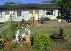 Tshulu Tsha Nabe Lodge, Accommodation in Bulawayo